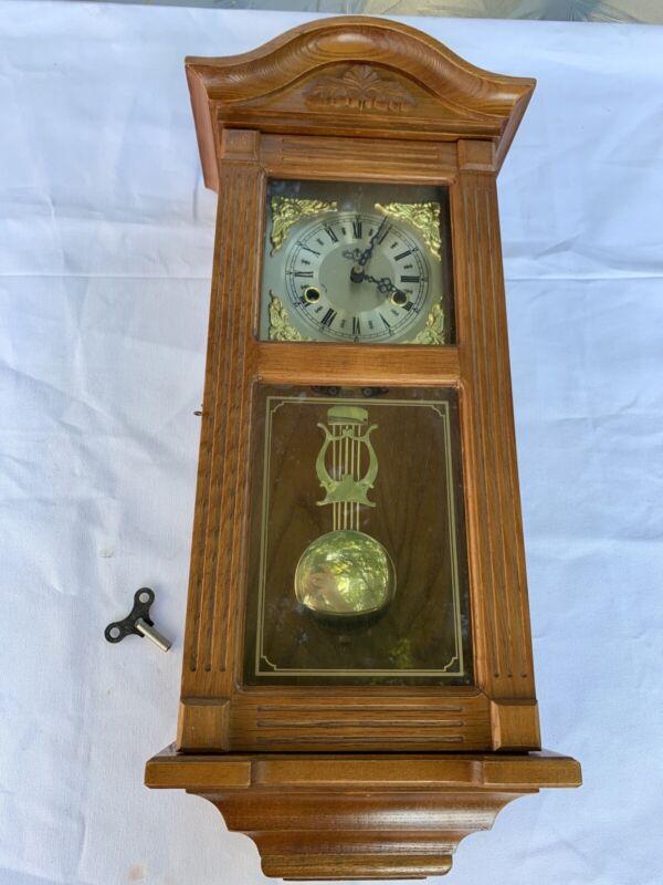 D&A Vintage Pendulum Wall Clock Wood With Key Y5