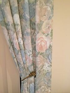 Floral curtains & pelmets Greenwith Tea Tree Gully Area Preview