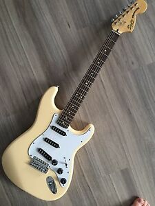 Squier Vintage Modified 70's Stratocaster