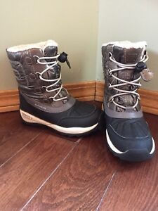 Kids girls Geox winter boots