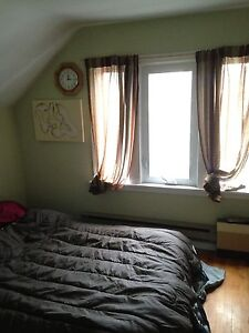 Room for Rent on Duncan