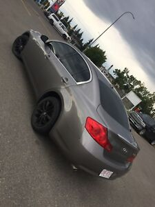 2009 Infiniti G37x AWD premium Mint condition