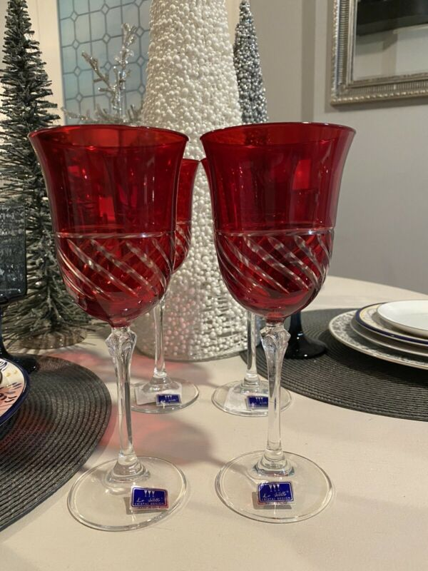 NEW LE STELLE SET OF 4 RED CRYSTAL CUT GLASS WINE GOBLETS Italy Ruby Red