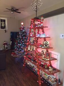 Christmas Ladder with ornaments