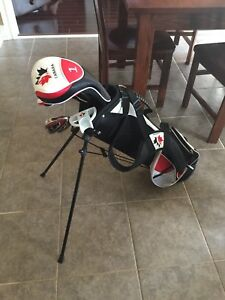 Canada Jr rh kids golf club set.