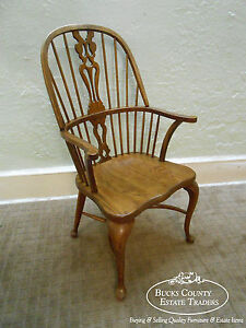 Ethan Allen Canterbury Oak English Style Windsor Arm Chair (A)
