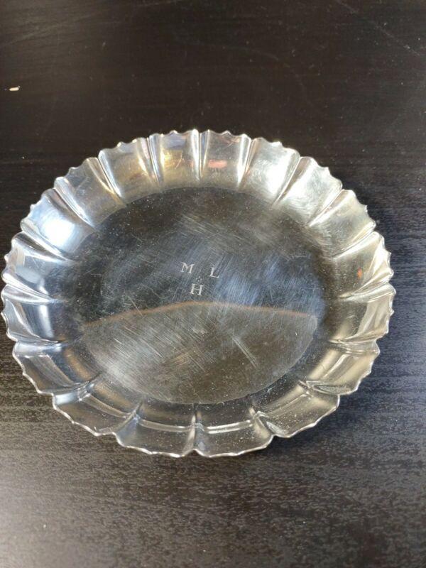 Tiffany & Co. Sterling Silver Reproduction Original Dublin 1717 Scalloped Dish