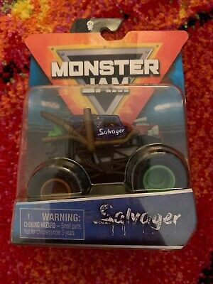 MONSTER JAM SALVAGER SERIES 11 2020 SPIN MASTER IN HAND!