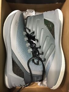 Brand New Under Armour Curry 3 - Size 11