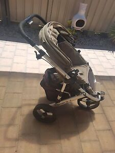 Strider 3 pram with bassinet attachment Albany Albany Area Preview