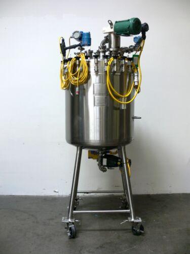 Mueller 300 Liter Stainless Steel 100 PSI Reactor w/ Agitator & Bottom Valve