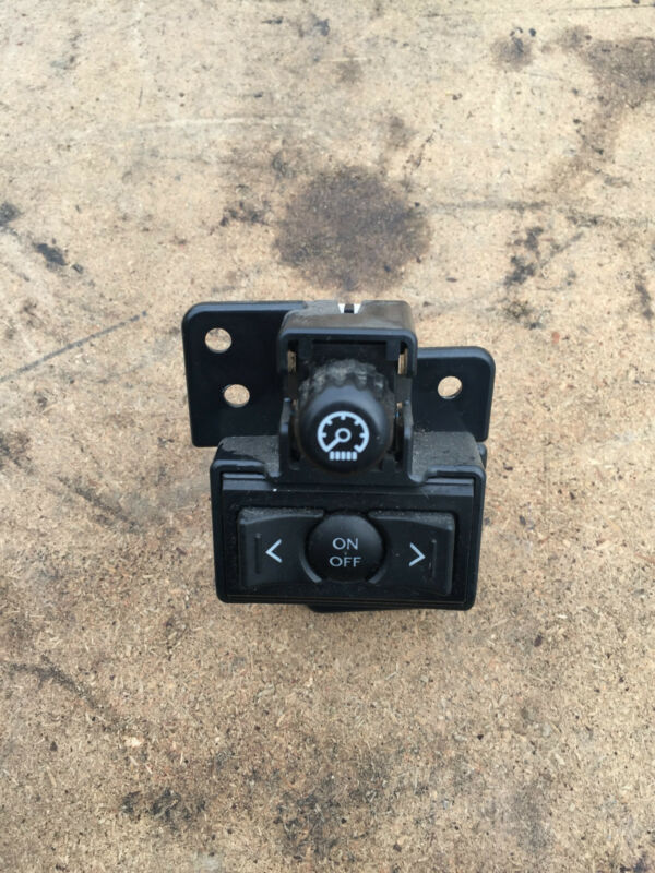 2006 LEXUS iS250 CRUISE CONTROL SWITCH