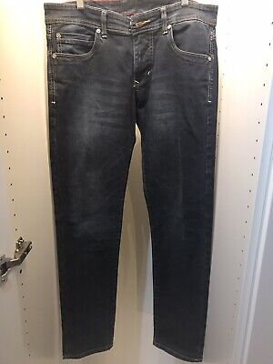Vintage Gucci Jeans 36/32 Zipper Fits Small. MORE LIKE A 31-32 WITH A 32 LENGTH
