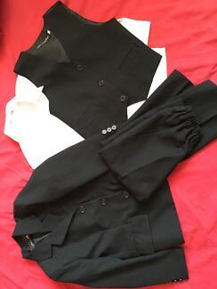 Size 4 suit (shirt/vest/pants/jacket) Bolwarra Maitland Area Preview