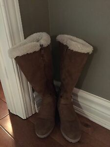 Michael Kors Suede boots for girls London Ontario image 1