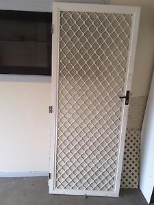 Screen door, right side, lock ,key Parklea Blacktown Area Preview
