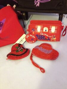 Red Hat Purses & Bags
