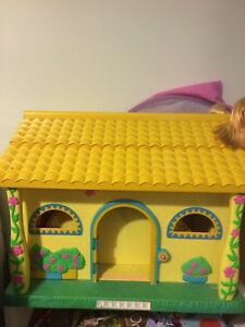 Talking Dora House