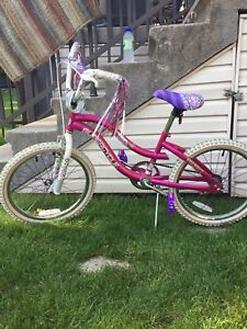 "Bike 16"" great condition/bicyclette 16"" en tres bonne condition"