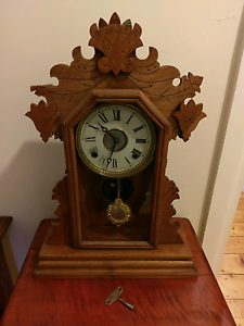 1890 Ingraham Oak Mantle Clock Essendon Moonee Valley Preview