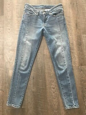 levis skinny jeans size 27 medium/light wash front seam
