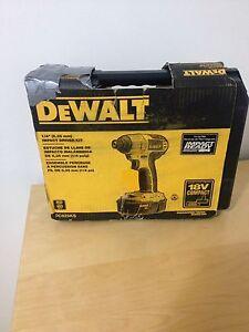 dewalt impact driver 18v dc825 ks