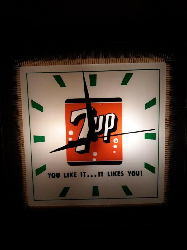 "Vintage 7Up Wall Clock Light ""You Like it ...It Likes You!"" Working 7 UP square"