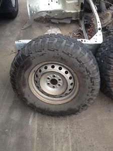 D40 Navara wheels Nissan Beenleigh Logan Area Preview