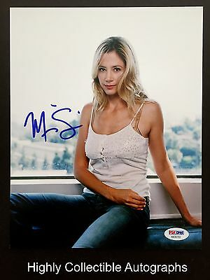 Mira Sorvino Signed 8X10 Photo Psa Dna Coa Autograph