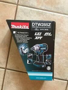 Makita DTW285Z 18V Li-ion Cordless Brushless 1/2 Impact Wrench - Skin