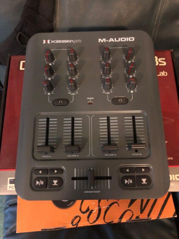 M-Audio TORQ MixLab Digital DJ System - USB Controller & DJ Mixer & Software!