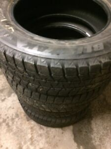 Pneus d'hiver 215 65 r16 winter tires bridgestone