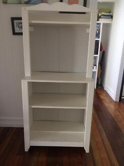 Change table come book case IKEA