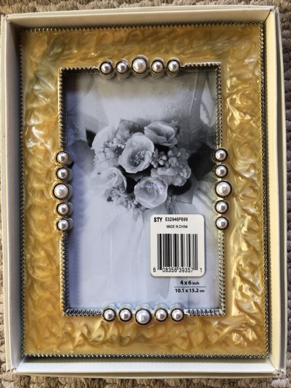 Inhabit Wedding Collection Heavy Epoxy Pearl Beads Picture Photo Frame 4x6 NEW