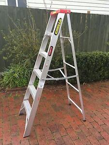 Gorilla Single Sided Step Ladder 1.8m in Excellent condition! Watsonia Banyule Area Preview