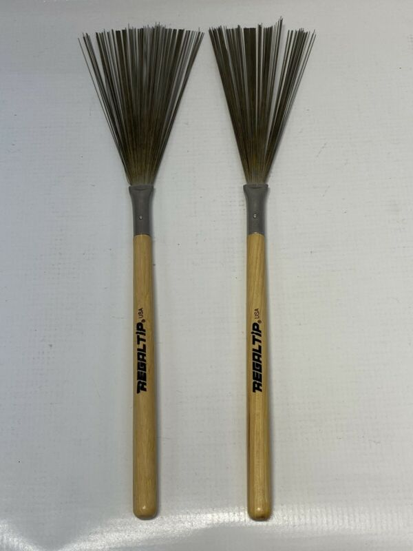 Regal Tip R550 Hickory Handle (Fixed) Wire Brushes 1 Pair