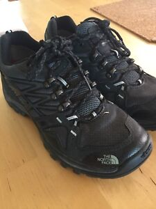 Souliers North Face