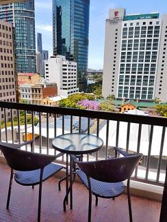 Share rooms in Brisbane city. Looking for one person !!