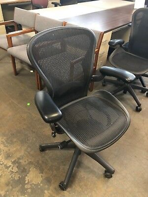 Executive Chair By Herman Miller Aeron Size B Fully Loaded 2003