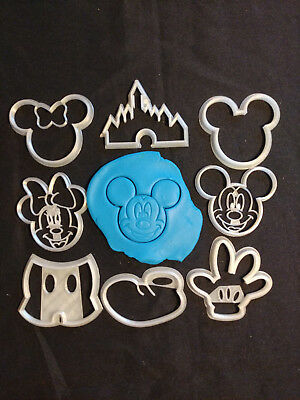 Mickey Mouse Cookie Cutters](Mickey Mouse Cookie)