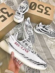 Adidas Yeezy 350 V2 Zebra sz 10 AUTHENTIC VS FAKE Comparison