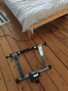Stationary bike trainer stand