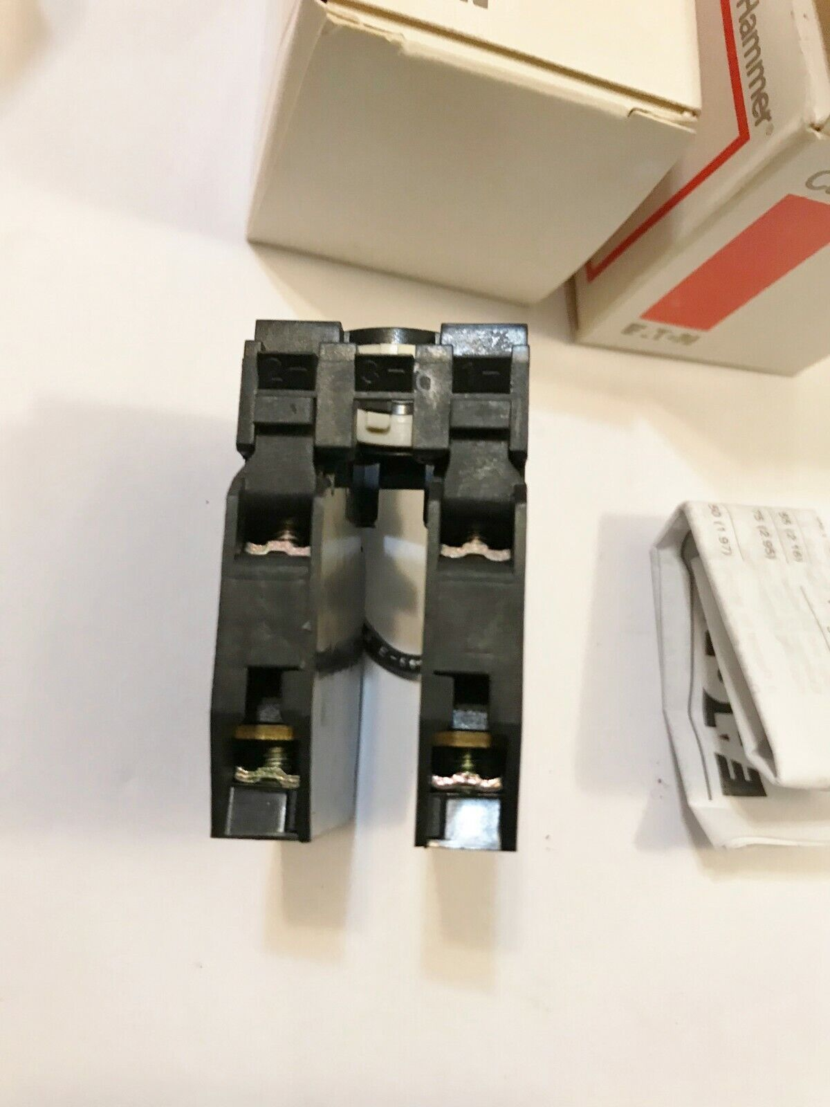 NEW IN BOX EATON CUTLER HAMMER E22B22 CONTACT BLOCKS PRE-WIRED BEST PRICE - $15.95