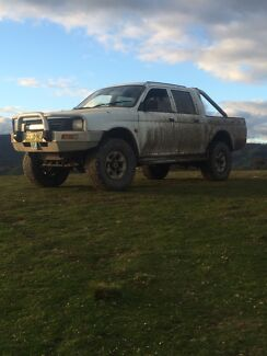 Triton lifted 4x4 on 33s swap Cowra Cowra Area Preview