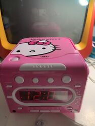 HELLO KITTY  AM/FM Stereo Alarm Clock Radio with Top Loading CD Player by SANRIO