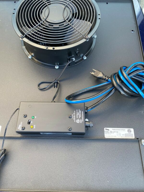 """Middle Atlantic MW-10FT-FC Integrated 10"""" 550 CFN Fan Top"""