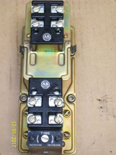 ALLEN BRADLEY 849Z0D321B TIMING RELAY STYLE AX 10A 600V 120V COIL