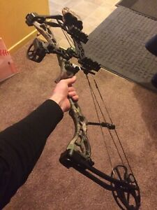 Bear PSE compound bow