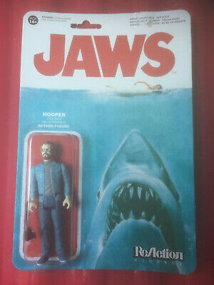JAWS REACTION FIGURE HOOPER - CARDED