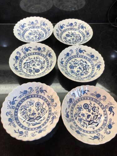 """Set Of 7 Blue Onion Nordic Classic J&G Meakin England 6 1/2"""" Cereal/Salad Bowls"""